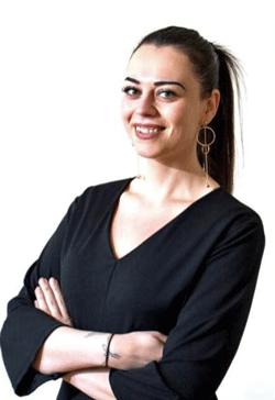 Coördinator Gözde Duran